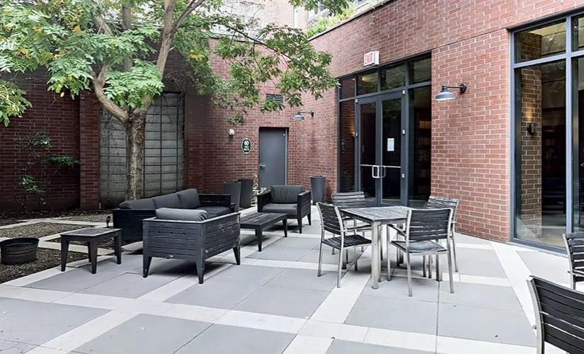 Courtyard level 1